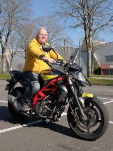 Eric - Moniteur moto & auto